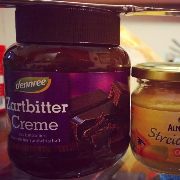 Ich möchte mit dieser Creme Kinder machen ! •sabber•#Schokolade #Zartbitter #Veggie #Aufstrich #Dennree #Creme #Liebe