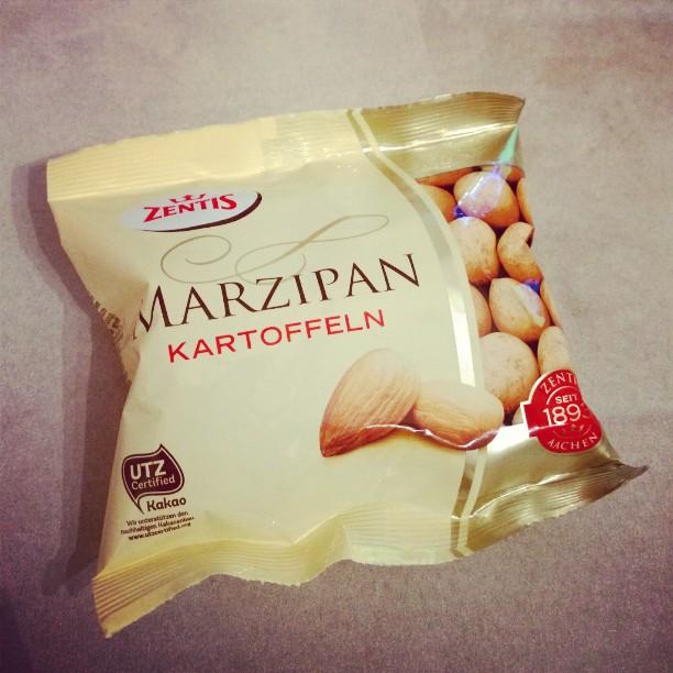 Es weihnachtet schwer. ;P#Marzipan #lecker #Weihnachten
